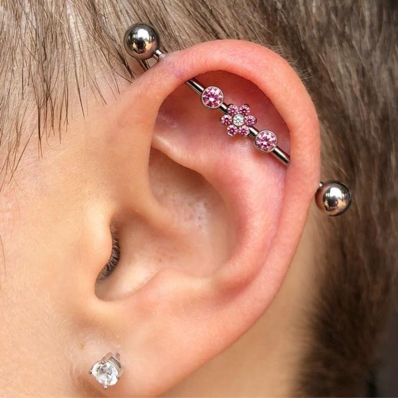 Индастриал пирсинг уха - как сделать, сережки и другие украшения
