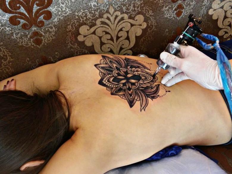 Как делают тату - этапы нанесения татуировки